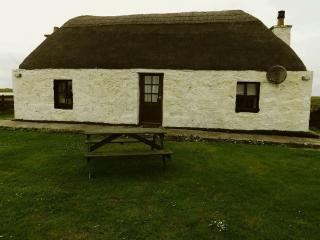 Nice Cottage with Internet Access and Satellite Or Cable TV - Benbecula Island vacation rentals