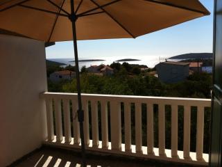 1 bedroom Condo with Internet Access in Maslinica - Maslinica vacation rentals