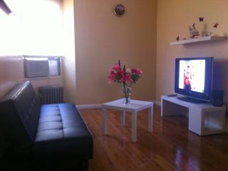 10 min to Manhattan, Cozy Room! - Astoria vacation rentals