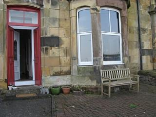 2 bedroom Apartment with Internet Access in Kilchattan Bay - Kilchattan Bay vacation rentals