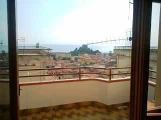 Panoramic sea view 1 bedroom apartment - Scalea vacation rentals