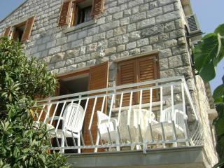 Perfect 3 bedroom Cavtat Villa with Internet Access - Cavtat vacation rentals