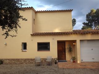 Nice Villa with Cleaning Service and Outdoor Dining Area - Tamariu vacation rentals