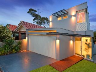 Perfect House with Deck and Internet Access - Coogee vacation rentals