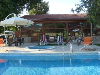 Chernookovo Villa best value holiday home in BG - General Toshevo vacation rentals