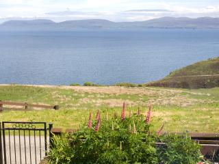 Cozy 2 bedroom Waternish Cottage with Internet Access - Waternish vacation rentals