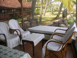 Houseboat at Lake Punnamada, Alleppey - Alleppey vacation rentals
