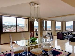 Pristine Penthouse in the heart of Cuenca - Chimborazo Province vacation rentals
