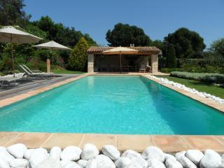 SunlightProperties Dolce Villa: private villa - Port Grimaud vacation rentals