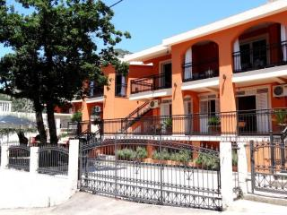 Villa Nena Apartments - 5 Bed Apartment - Sutomore vacation rentals
