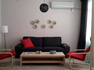 2 bedroom Apartment with Internet Access in Izmir - Izmir vacation rentals
