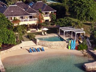 Sugar Bay - Discovery Bay 5 Bedroom Beachfront - Discovery Bay vacation rentals