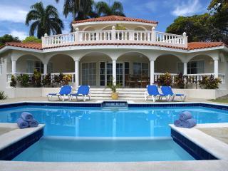 Puerto Plata Luxurious All Inclusive 3-5 Bedroom Villa - Puerto Plata vacation rentals