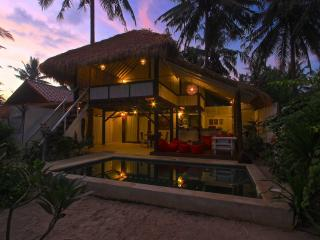 Private villa with swimming-pool - Gili Trawangan vacation rentals