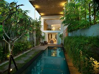 Hu'u Villas - One Bedroom Loft - Bali vacation rentals