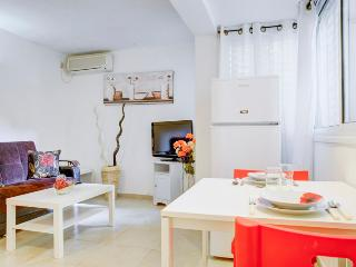 Central TLV ! 7min from the beach47 - Tel Aviv vacation rentals