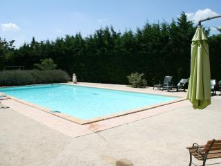 1 bedroom Gite with Dishwasher in Tarascon - Tarascon vacation rentals