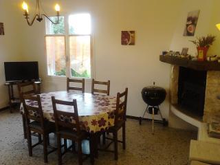 Maison toute équipée Banon Alpes de Haute Provence - Banon vacation rentals