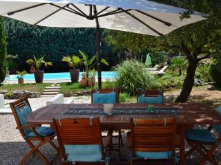 Cozy 3 bedroom Villa in Saint-Maximin-la-Sainte-Baume - Saint-Maximin-la-Sainte-Baume vacation rentals