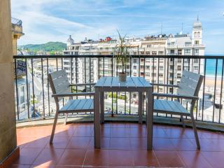 Bright Modern Terraced with Beach View WIFI - San Sebastian - Donostia vacation rentals