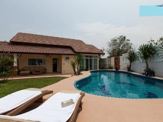 HUA HIN villa - big private p - Hua Hin vacation rentals