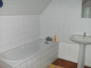 Nice House with Internet Access and Stove - Spezet vacation rentals