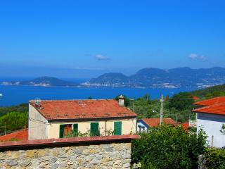 Holiday home in beautiful village of Montemarcello - Montemarcello vacation rentals
