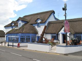 Charming B&B in the heart of Kilmore Quay - Kylemore vacation rentals