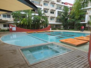 STUNNING SABBIA CONDO, JUST STEPS TO THE BEACH AND - Playa del Carmen vacation rentals