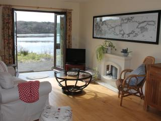 2 bedroom Apartment with Internet Access in Clifden - Clifden vacation rentals