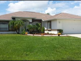 Three bedroom,two bathroom, pool home with extended lanai. - Rotonda West vacation rentals