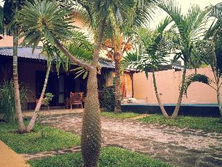 Bright 4 bedroom Grand Gaube Villa with Internet Access - Grand Gaube vacation rentals