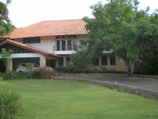 Charming 4 bedroom House in Constanza - Constanza vacation rentals