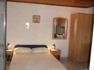 Nice 1 bedroom Apartment in Mljet - Mljet vacation rentals