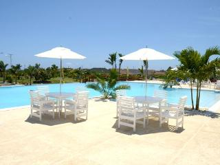 Oasis @ The Palms, Ocho Rios-St.Ann 1876-790-5190 - Kingston vacation rentals