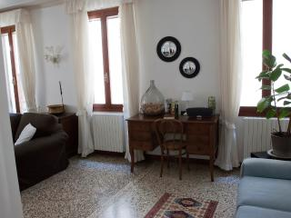 Comfortable Condo with A/C and Washing Machine - Venice vacation rentals