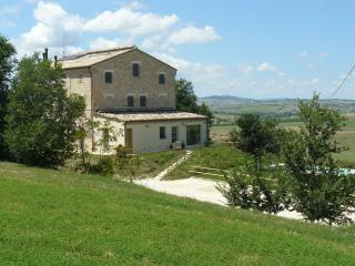 3 bedroom Bed and Breakfast with Television in Appignano - Appignano vacation rentals