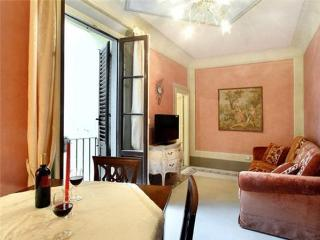 3 bedroom Apartment in Florence, Tuscany, Florence, Italy : ref 2233913 - Ricavo vacation rentals