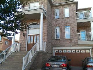 LUXURY FURNISHED 5 BEDROOM HOUSE - Toronto vacation rentals