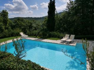 Perfect 5 bedroom Citta di Castello Farmhouse Barn with Internet Access - Citta di Castello vacation rentals