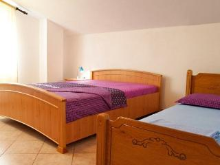 Maki Apartments,One-Bedroom Apart.3-5 ppl - Tivat vacation rentals