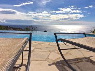 Beautiful Modern Villa By The Sea - Cote d'Azur- French Riviera vacation rentals