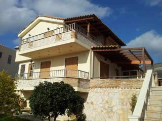 Sunny villa in an ideal relaxing environment. - Anavyssos vacation rentals