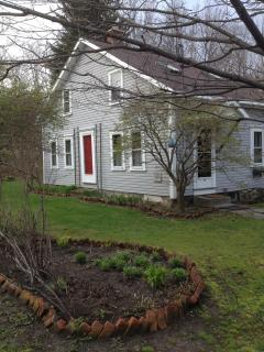 Berkshires Cottage Country Retreat - Stephentown vacation rentals