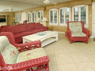 Sea Breeze 119 ~ Cozy Beachy Condo ~ Bender Vacation Rentals - Gulf Shores vacation rentals
