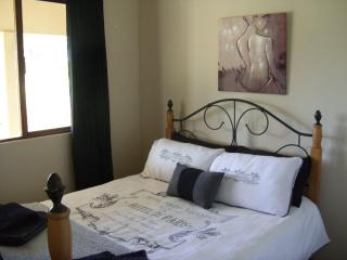 Eston Lakes Country House - Free State vacation rentals