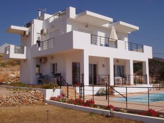 Villa Ariadne - Agios Nikolaos vacation rentals