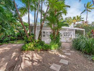 Nota Villa Port Douglas An Original Beach Cottage - Port Douglas vacation rentals