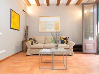 Apartment near Ramblas - monthly stays - Barcelona vacation rentals