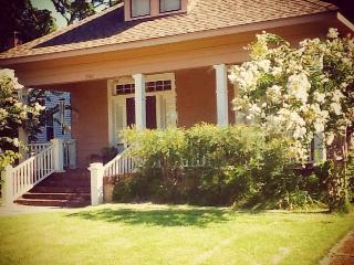Evergreen Historic District Home - Memphis vacation rentals